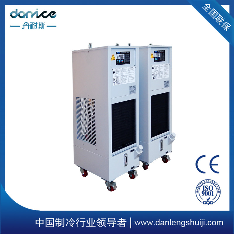 箱式精密油冷机